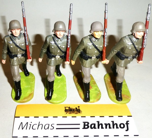 4x Soldaten marschierend Gewehr hoch Elastolin Kunststoff 8,5cm #7 KB4 å