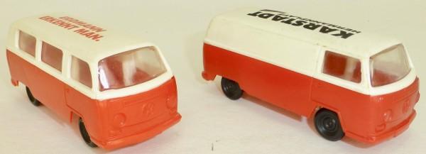 2 x T2 VW Bus Transporter JEAN rot weiß Karstadt Erdmann ca 1:64 å *