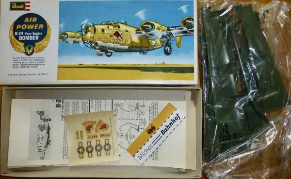 B-24 Four Engine Bomber AIR POWER Revell H137 Bausatz 1:96 OVP å *