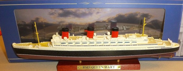 RMS Queen Mary Schiffsmodell ATLAS French Lines 1:1250 NEU + OVP Ui2 µ