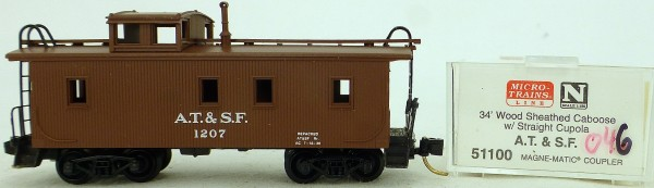 Micro Trains Line 51100 A.T.&S.F. 1207 34' CABOOSE 1:160 OVP #K046 å