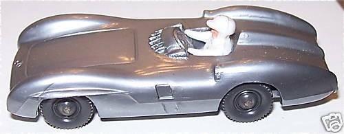 Mercedes Silberpfeil Rennwagen WIKING 1:87