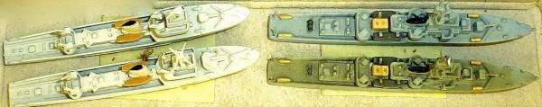 4 x Korvetten HECHT Klasse Schiffsmodell 1:1250 SHP591 å *