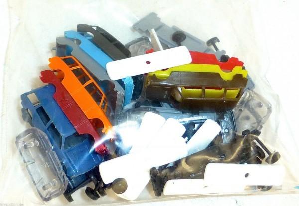 Lada Kombi 10 Stück Bausatz zum zusammenbauen verschiedenfarbig TT 1:120 HM4 å *