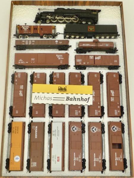 CB&Q Freigth Set 4-8-4 Northern + 16 Güterwagen Bachmann Kadee N 1:160 #262 å