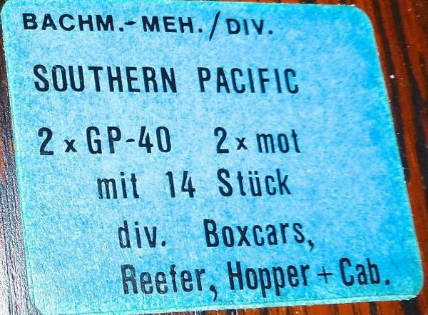 Southern Pacific 2x GP-40 mit 14 Boxcars Caboose Güterwagen N 1:160 å*