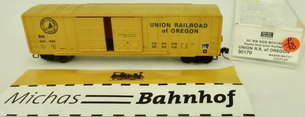 Union RR of Oregon 50' Rib Side Box Car Micro Trains Line 30170 1:160 P78 å
