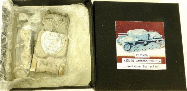 M13/40 Command vehicle closed down 20/128A Bausatz ungebaut Metall H0 1:87 å *