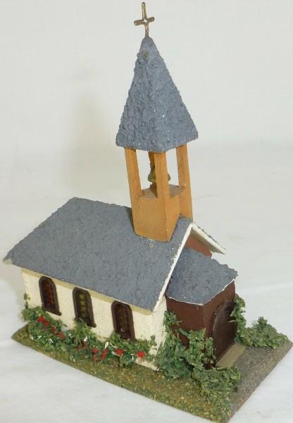 Kirche kleine Dorfkirche Holzhaus Fertigmodell VAU-PE 1064 oder Faller H0 1:87 å