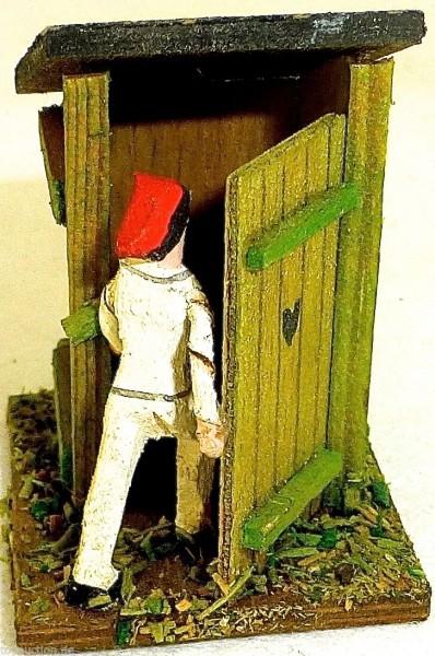 Plumpsklo ländliches Toilettenhaus Figur mit roter Mütze Holz Preiser 1:87 H0 å